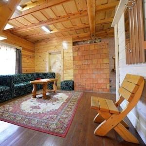 1 этаж гостиная с лесницей